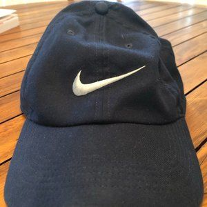 Nike Heritage86 Dri-FIT Hat Navy Blue